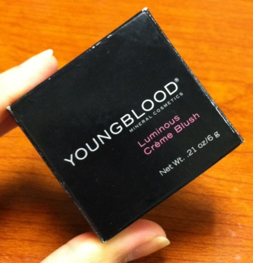 Youngblood-Luminous-Cream-Blush